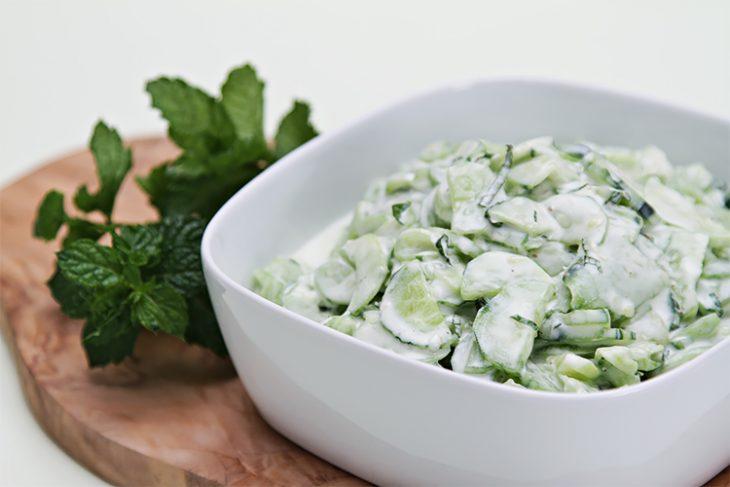 salata-jogurt
